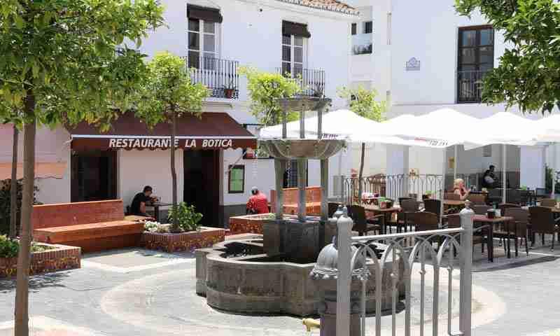 La Botica restaurant, Salobrena, directions