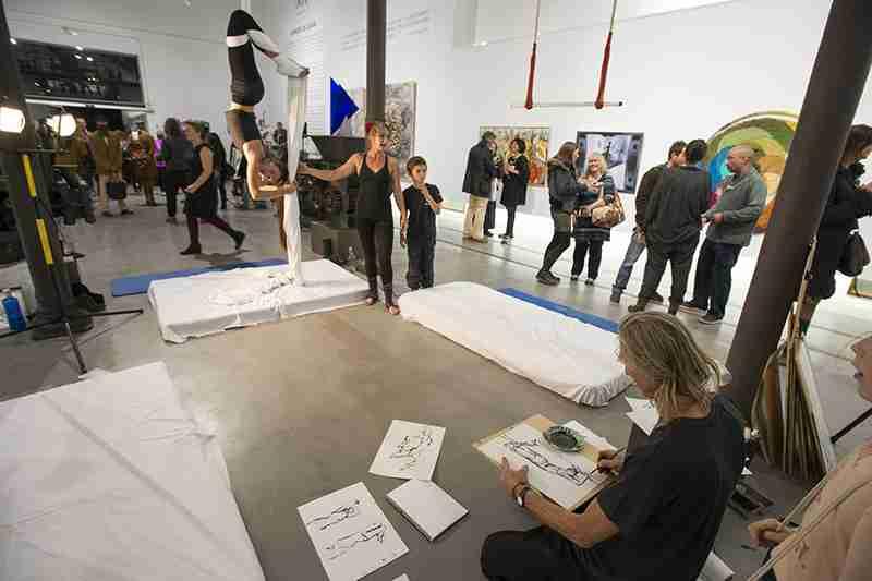 Aerial drawing club