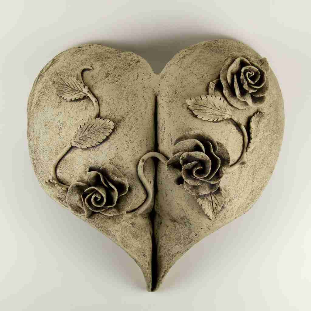 Stoneware bottom cast with roses