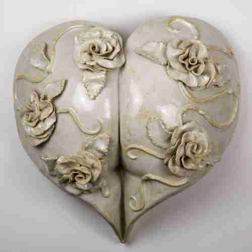 Stoneware bottom sculpture, with roses in a love heart
